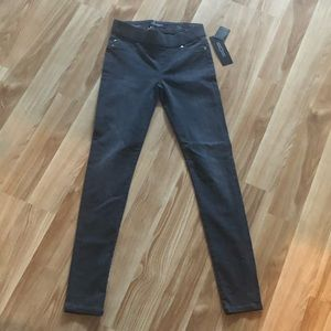 🆕 Liverpool jeans NWT